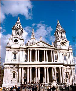 st pauls cathedral front view